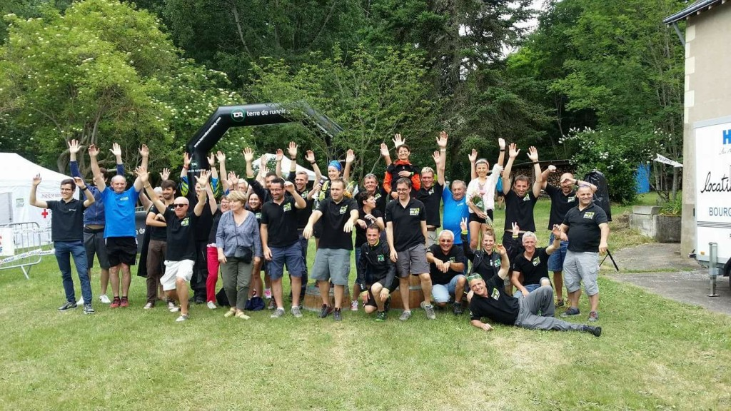 PHOTO GROUPE TRAIL
